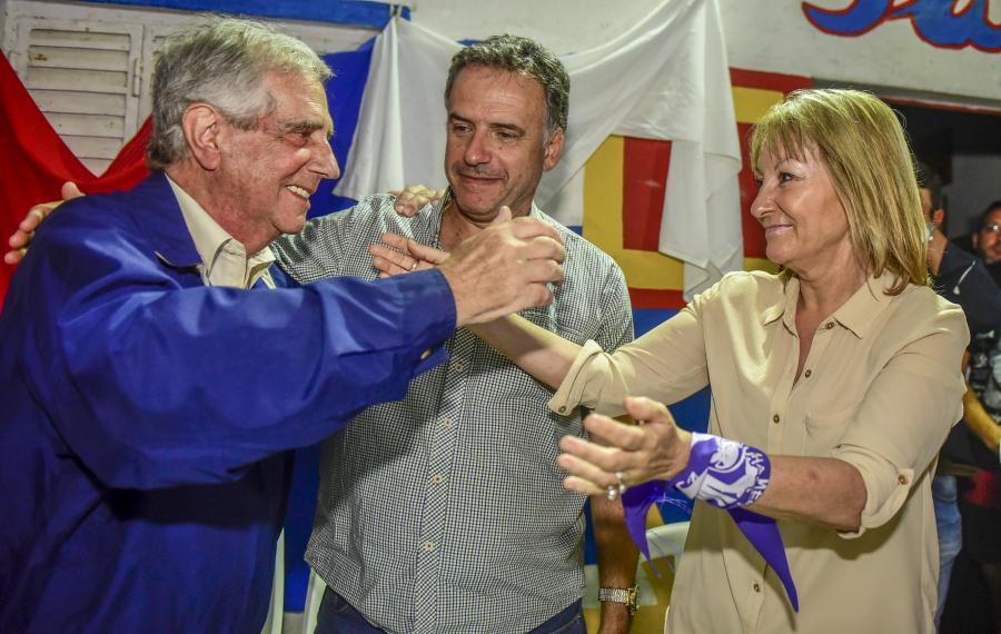 Comité San Luis junto a Tabaré Vázquez