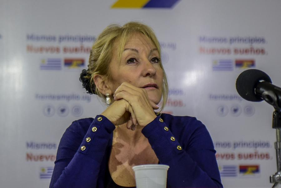 """""""Encuentro con Carolina"""""""